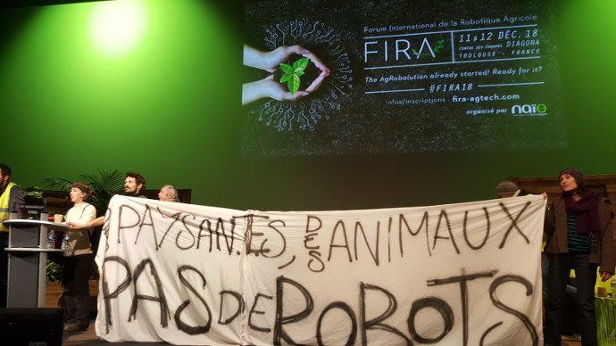 Un forum international sur la robotique agricole (Fira) perturbé par des Zadistes (©TNC)