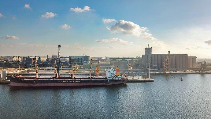 100000 tonnes de maïs bulgare et roumain vont transiter par les silos céréaliers de Nord Céréales, sur le port de Dunkerque, en 2018-2019. (©Nord Céréales)