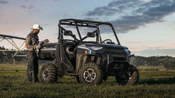 Le Ranger XP 1000 EPS bénéficie d'une carrosserie en ABS qui augmente la polyvalence et réduit le rayon de braquage. (©Polaris)