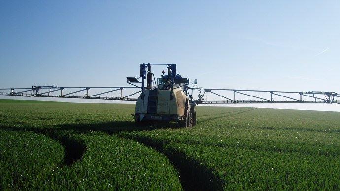 L'Assemblée a repoussé de trois ans l'interdiction de la fabrication sur le sol français de pesticides vendus en dehors de l'Union européenne, à 2025. (©TNC)