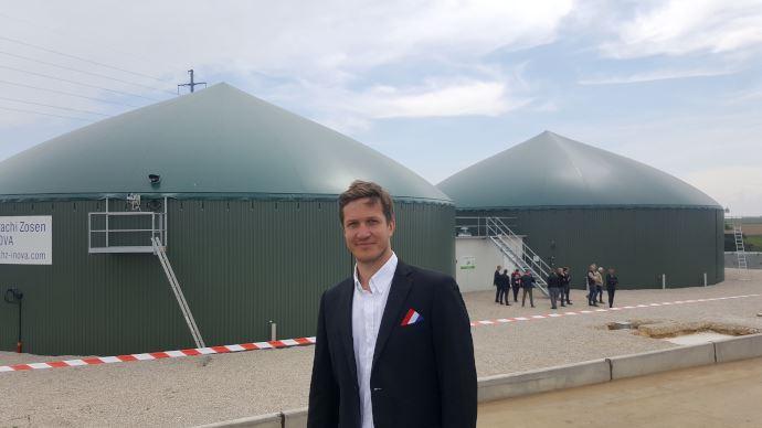 Guillain Berson, agriculteur, a présenté le méthaniseur de la BLB Gaz lors de l'inauguration du 17 mai 2019. (©TNC)