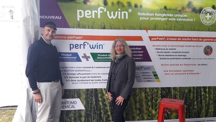 Collaboration entre Philagro et Action Pin, avec Frédéric Grimault, directeur marketing et développement de marchés et Sophie Coquin, responsable commerciale France gamme agricole. (©Philagro)