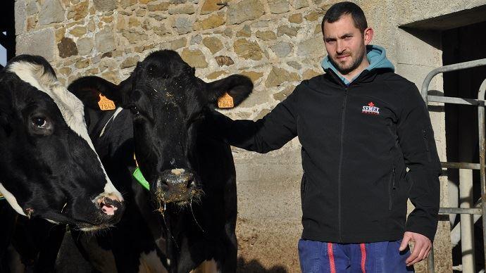 Quentin Velut compte dans son troupeau 6 vaches à plus de 100000kg dont Bonenza qui pointe à 128000kg de lait. (©TNC)