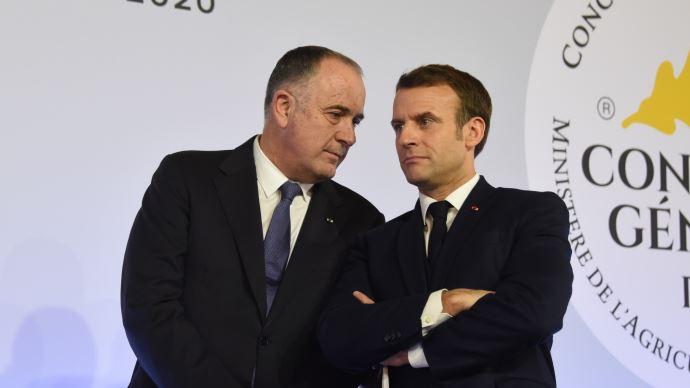 Àla demande d'Emmanuel Macron, Didier Guillaume reste ministre de l'agriculture et abandonne les municipales à Biarritz. (©TNC)