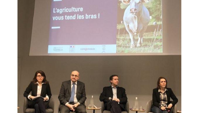 Les organisateurs du Salon de l'agriculture veulent donner l'image d'un secteur prêt à accueillir,