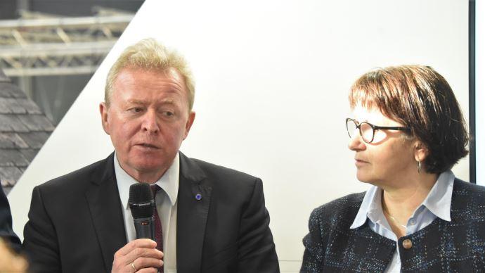 Le commissaire européen à l'agriculture, Janusz Wojciechowski et Christiane Lambert. (©TNC)