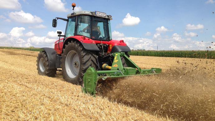Celli fabrique des fraises rotatives et vise le marché français en agriculture biologique. (©Celli)
