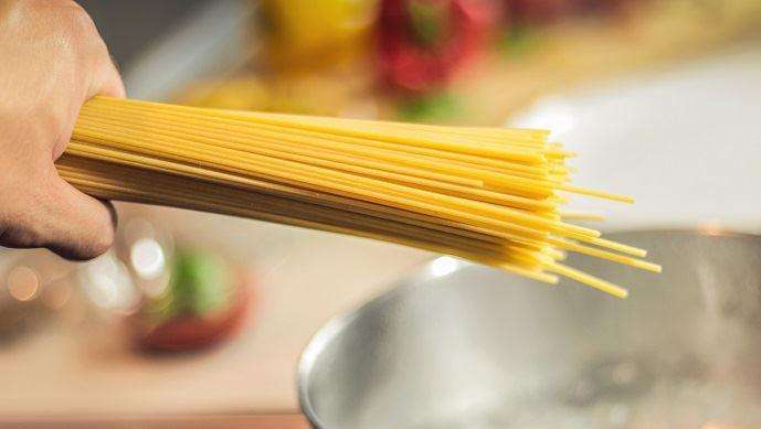 L'industrie des pâtes alimentaires se concentre sur une dizaine de formats simples, afin de limiter les changements de production. (©Pixabay)
