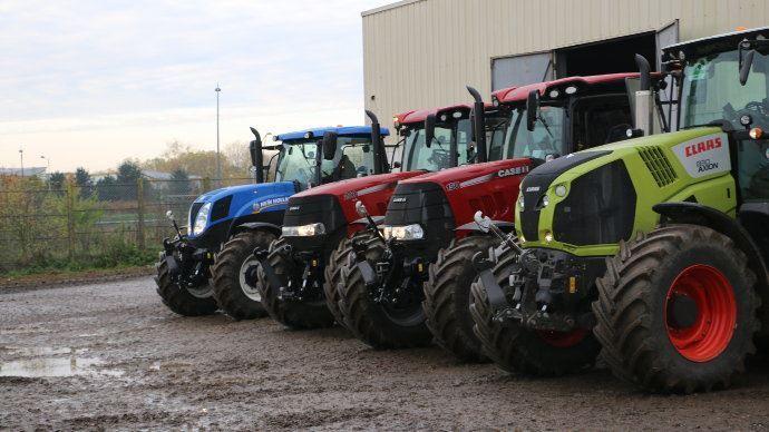 Selon le décret, les fournisseurs des agriculteursainsi queleurs équipementierspeuvent rester ouverts. (©TNC)