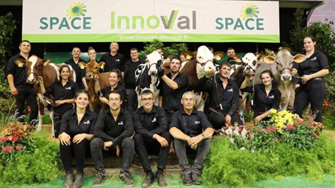 L'équipe Evolution de la vente Genomic Elite du Space. (©Evolution XY)