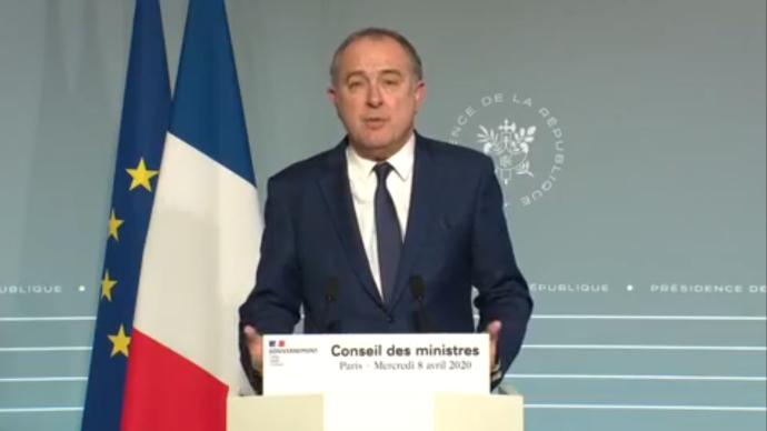 Le ministre de l'agriculture s'est félicité le 8 avril du bon fonctionnement de la chaîne alimentaire française.(©Capture d'écran (Gouvernement))