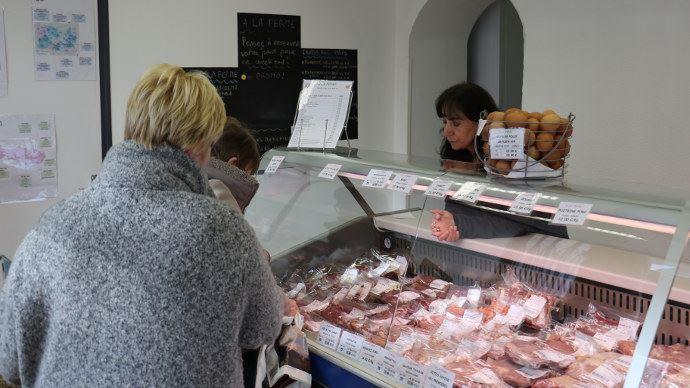 Les producteurs en vente directe se mobilisent pour fournir des produits frais aux consommateurs confinés à cause du coronavirus. (©TNC)
