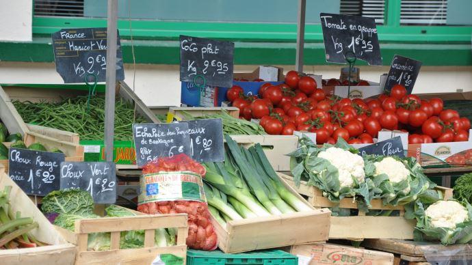 Un respect des normes sanitaires requis pour toute réouverture de marché de plein air. (©Pixabay)