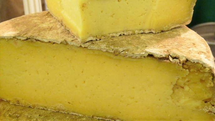 Devant la perte dramatique de débouchés à cause de la crise sanitaire, le Cnaol incite les Français à acheter les fromages AOP et IGP (©TNC)