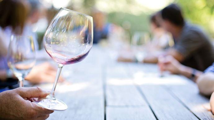 Les dégustations de vins primeurs reprennent (©Pixabay)