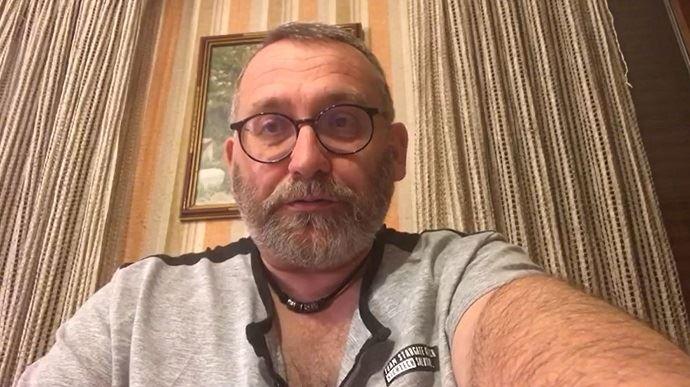 Joël Giraud, député des Hautes-Alpes, lors d'une intervention en visio sur son blog pendant le confinement sanitaire. (©TNC)