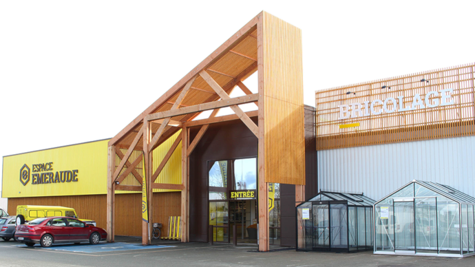 Les 85 magasins de l'enseigne Espace Émeraude vont déréférencer les produits non durables de leurs rayons. (©Espace Émeraude)