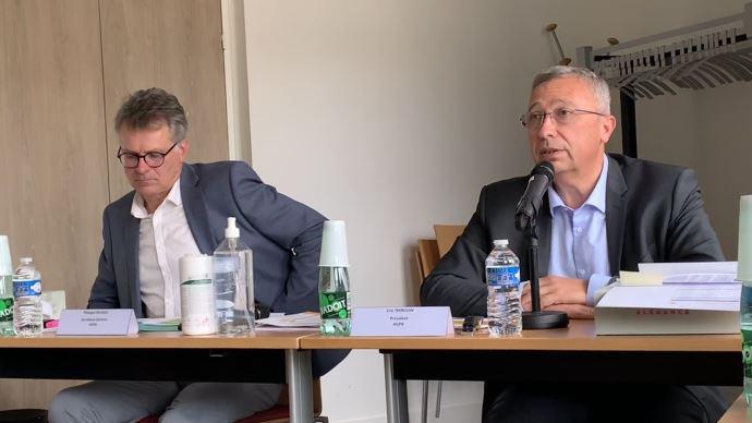 Philippe Heusèle (à gauche) et Éric Thirouin (à droite) ont dressé le 8 septembre un tableau sombre de la situation des céréaliers, demandant au gouvernement un plan de soutien. (©TNC)