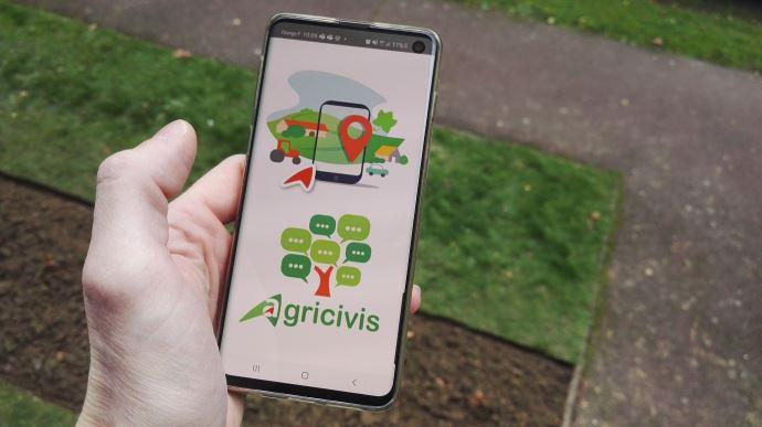 L'appli Agricivis développée à la demande de la chambre d'agriculture de Saône-et-Loire est disponible sur le Play Store Androïd et sur l'Apple Store. (©TNC)