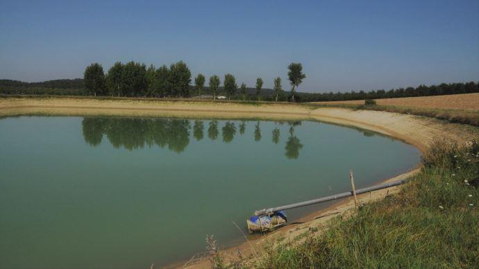 Le ministre de l'agriculture et la secrétaire d'État à la biodiversité ont lancé le 28 mai le Varenne agricole de l'eau et de l'adaptation au changement climatique. (©TNC)