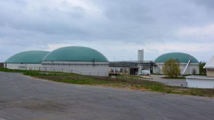 Pour prévenir les pollutions, «il faudra des capacités de rétention sous lesstockages de digestats liquides», envisage Barbara Pompili. (©TNC)