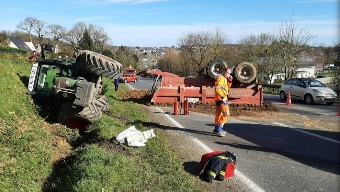 Accident de tracteur à Lannion, en Bretagne, en février dernier. (©@Dominiqueluhern)