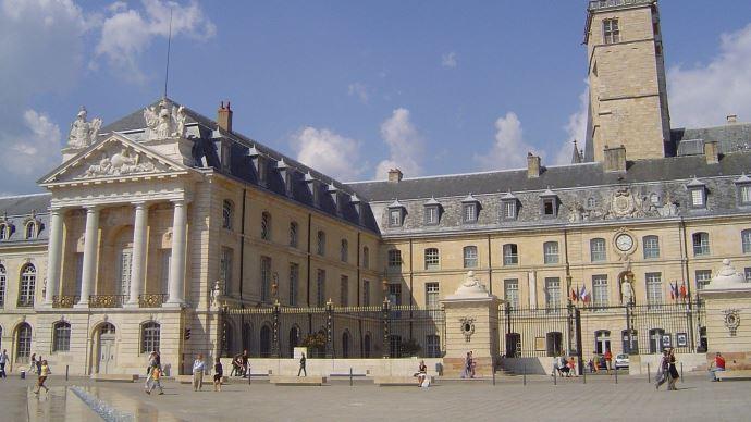 Dijon est la ville retenue par la France pour accueillir le siège de l'organisation internationale de la vigne et du vin. (©Pixabay)
