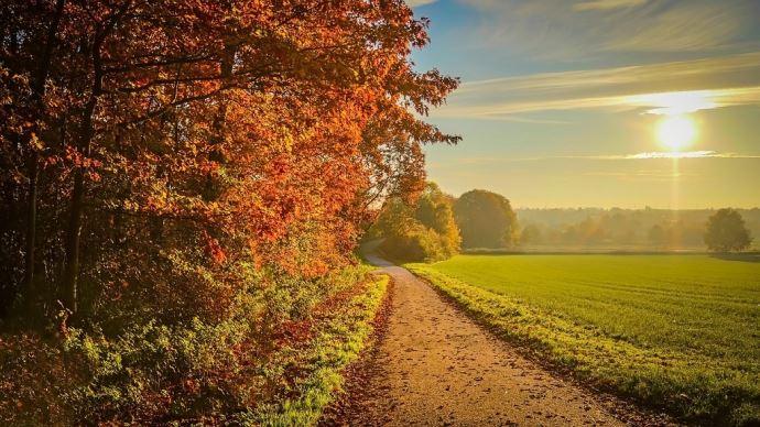 Septembre a été un «mois chaud, relativement sec bien qu'orageux au sud de la Loire, et moyennement ensoleillé», selon MeteoNews.(©Pixabay)